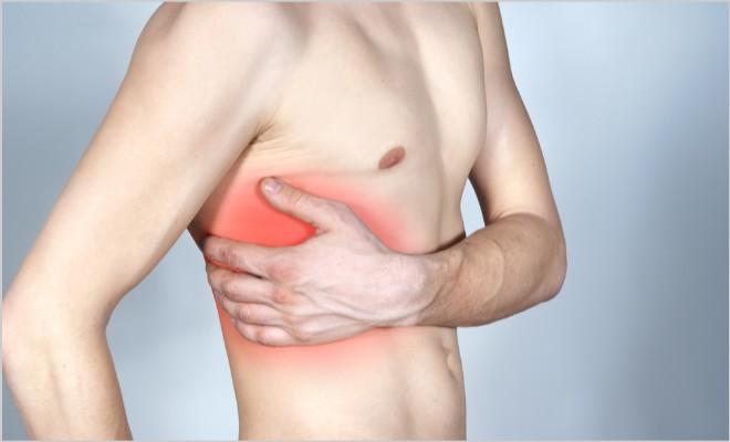 Что нужно знать при ушибах грудины: опасности, осложнения