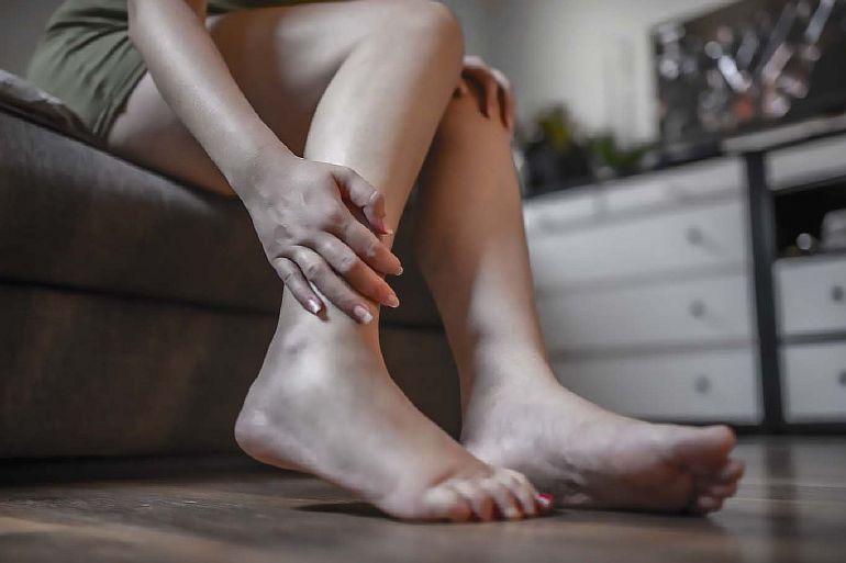 5 проблем со здоровьем, из-за которых опухают лодыжки