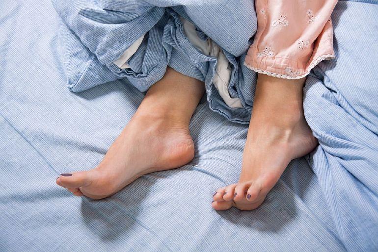 Синдром беспокойных ног: что это за болезнь и как с ней бороться